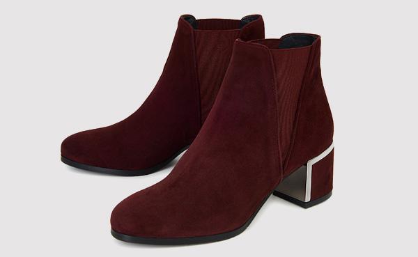 """19 Likes, 0 Comments - Blue Velvet Shoes (@bluevelvetlondon) on Instagram: """"# kings road store and online""""."""